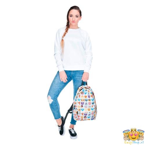 Witte-Princess-Emoji-Rugtas-model-voorkant