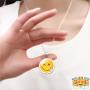 silly-emoji-ketting-hand