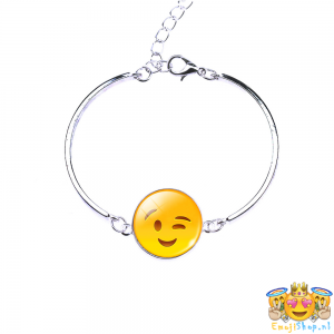 wink-emoji-armband-front
