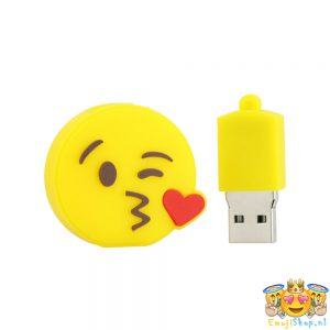 heart-kiss-emoi-usb-stick-open